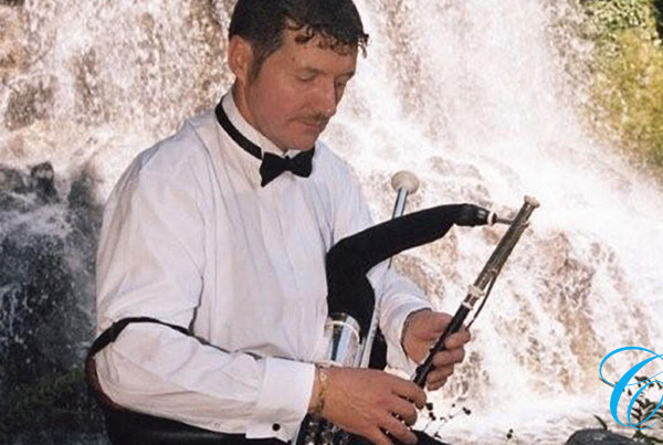 Eamonn Walsh | Wedding Piper | ChurchMusic.ie