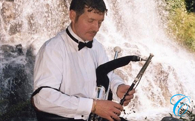 Eamonn Walsh | Wedding Piper | ChurchMusic.ie