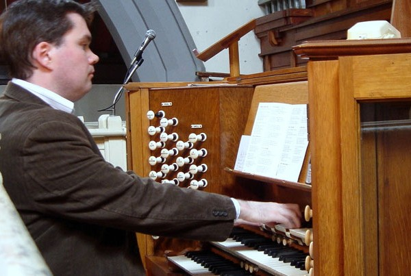 Dr. Michael O'Brien | Pianist and Organist | ChurchMusic.ie