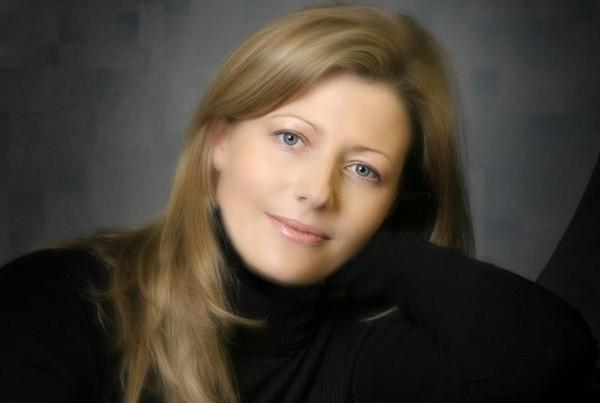 Fiona Mullaney   Wedding Singer   ChurchMusic.ie