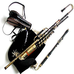 Black and silver Bagpipes | ChurchMusic.ie